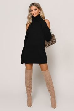 On Your Side Slit Sweater Dress Honestly, our fall favorite is the Black On Your Side Taupe Slit Sweater Dress. This warm and chic ribbed dress features a trendy mock neckline, side slit, and long sleeves for an unforgettable autumn look. Casual Fall Outfits, Winter Fashion Outfits, Look Fashion, Autumn Fashion, Casual Dresses, Holiday Outfits, Sexy Dresses, Sweater Dress Outfit, Black Sweater Dress
