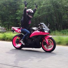 Pink and black gsxr