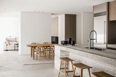 Hallway Nook Decor Realisations | Natural Stone | Hullebusch Minimal Home, Minimal House Design, Minimal Kitchen, Kitchen Modern, Küchen Design, Design Ideas, Media Design, Simple House, Interior Design Kitchen