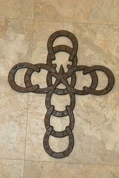 1,CAST IRON,WESTERN STYLE,HORSESHOE,CROSS,COWBOYS FOR CHRIST,RANCH DECOR,COUNTRY