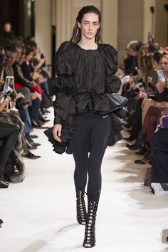 Giambattista Valli Fall 2017 Ready-to-Wear Fashion Show Collection