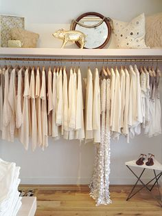 White and gold neutrals look great on anyone- especially in the summer months