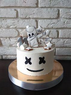 Marshmello, my cake 11th Birthday, Boy Birthday Parties, Birthday Fun, Birthday Cake, Dj Cake, Cupcake Cakes, Bolo Dj, Marshmello, Marshmallow Cake