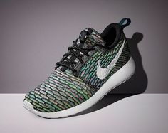 cheap nike roshe run online sale for 2016 new styles by manufactories.buy your cheap nike free run shoes with. Zapatillas Nike Roshe, Nike Roshe Flyknit, Nike Roshe Run, Nike Free Run, Nike Free Shoes, Running Shoes Nike, Nike Outlet, Nike Sportswear, Store Nike