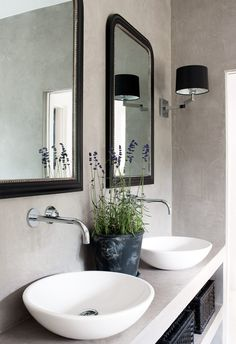 estilo nórdico decoración diseño decoración y diseño interiores nórdico blanco decoración mediterranea blanco azúl decoración en blanco deco. Laundry In Bathroom, Bathroom Renos, Bathroom Faucets, Concrete Bathroom, Bathroom Ideas, Bathroom Mirrors, Wall Faucet, Concrete Sink, Framed Mirrors