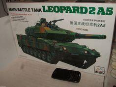 Minihobby TN-80109 German Leopard 2 A5 Main Battle Tank Model Kit in 1:35 Scale.