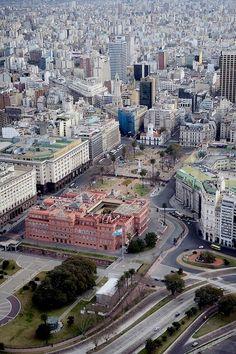 """Argentina. Casa de Gobierno Nacional. Aquí decide el Poder Ejecutivo Nacional a cargo de la Presidencia de la Nacion. Llamada por los argentinos """"CASA ROSADA."""