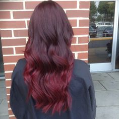 Dark to light: vibrant red Ombre! ✨