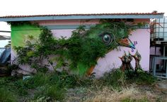 Beautiful street art playing with nature - Mudfooted.com