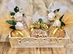Bridal Gift Wrapping Ideas, Creative Gift Wrapping, Wedding Gift Hampers, Wedding Gift Boxes, Diwali Gift Hampers, Diwali Gifts, Diwali Gift Box, Indian Wedding Gifts, Trousseau Packing