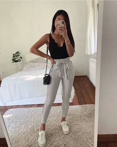 15 süße Crop Tops, die jedes Mädchen im Jahr 2019 besitzen sollte – Sommer-Outfits – Sommer M… 15 cute crop tops every girl should have in 2019 – summer outfits – summer m …, Crop Top Outfits, Sporty Outfits, Teen Fashion Outfits, Casual Fall Outfits, Cute Summer Outfits, Mode Outfits, Outfits For Teens, Stylish Outfits, Girl Outfits