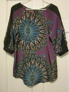 Nicole Miller XS Printed Tunic Blouse $5.99