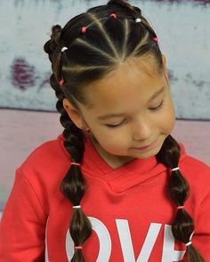 Cute Kids Hairstyles for Girls Looking for a cute hairstyle for your little girl? Take a look at some of the cutest kids hairstyles for girls from braids to buns, pigtails to ponytails. Girls Hairdos, Lil Girl Hairstyles, Sweet Hairstyles, Cute Hairstyles For Kids, Kids Braided Hairstyles, Hairstyles For School, Hairstyles For Toddlers, Female Hairstyles, Hairstyles 2016