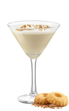 NUTTY IRISHWOMAN Glass: capacity from 5 to 8 oz. (from 15 to 24 cl) INGREDIENTS:  1 oz./ 3 cl/ 1 part or half Frangelico 1 oz./ 3 cl/ 1 part or half Carolans Irish Cream 1 vanilla berry Mix equal parts of Carolans Irish Cream and Frangelico Liqueur and stir with vanilla berry.