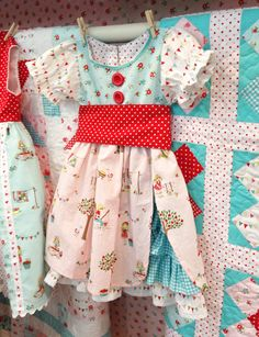 Beautiful little girl dress.  Love the patterns and the combination of layers and textures.  Pattern is called, 'Amelie'.