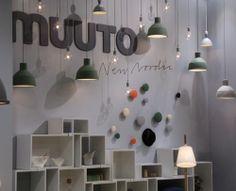 Muuto präsentiert E27 und Unfold Pendelleuchte sowie Stacked Regalsystem im Rahmen der Kölner Möbelmesse imm cologne 2014
