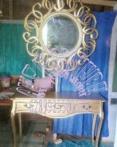 meja Konsul dan cermin hias Open order_Ajm  Wa :089625502576  Kami adlh produsen produk furniture yang jg menerima pesanan custom desain sendiri dan kami mengutamakan kwalitas brang yg kami produksi