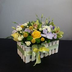 Beautiful Rose Flowers, Silk Flowers, Paper Flowers, Unique Flower Arrangements, Memorial Flowers, House Plants Decor, How To Preserve Flowers, Flower Boxes, Artisanal