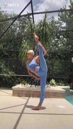 Gym Workout Videos, Ab Workout At Home, Gym Workouts, Flexibility Tips, Flexibility Workout, Dance Tips, Dance Videos, Dancer Workout, Ballet Body