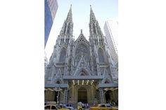 New York attractions: St. Patrick's Cathedral- This place is beautiful!