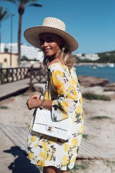 bloggers & influencers - Claartje Rose - Chanel - white - Classic Flap Bag - Ibiza - inspiration - outfit - 2017 - l'Etoile Luxury Vintage