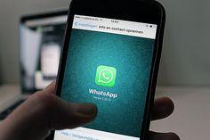 Coraz więcej nauczycieli korzysta z Whatsappa, aby informować swoich uczniów. Zdania na ten temat są jak zwykle podzielone.
