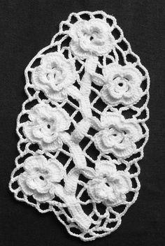Irish crochet Wild Rose
