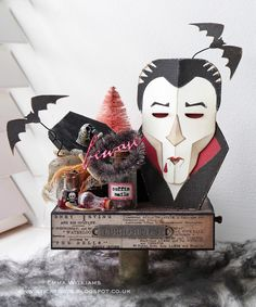That's Life: The Monster Mash - Halloween Favour Box created by Emma Williams for the Simon Says Stamp Monday Challenge Blog using products by Tim Holtz and Sizzix