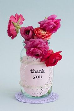 idea by papermash, mini doilies ( we don't have euro's) But we could use this! Lauren has 40 doilies we can use for decoration! Thank You Gifts, Thank You Cards, Mason Jar Crafts, Mason Jars, Party Mottos, Thank You Flowers, Gift Flowers, Draw Flowers, Fresh Flowers