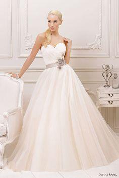 d0cf6a07fc Sweet simple Esküvői Ruha 2013, Sweetheart Esküvői Ruha, Esküvői Ruhák,  Outfit, Pánt