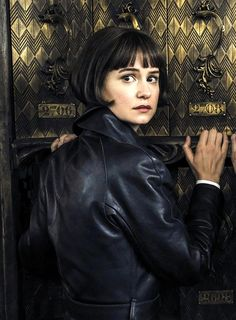 "Katherine Waterston as Porpentina ""Tina"" Goldstein in Fantastic Beasts: The Crimes of Grindelwald"