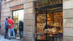 Xurreria mitica trobada al carrer Banys Nous, metro parada Liceu i Jaume I. Es troba adaptat i el tracte i preu son molt bó.
