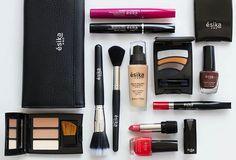 Con la línea de maquillaje Ésika Pro, co-creada con nuestra Celebrity Makeup Artist @betancurclaudia, puedes maquillarte como toda una profesional. ¿Cuál es tu producto favorito? #sombras #labial #lipstick #maquillaje #brochas #contour #esmalte #manicure #makeup #esika