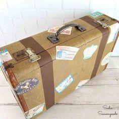DIY Vintage Travel Luggage Best Suitcases, Vintage Suitcases, Vintage Luggage, Vintage Travel, Suitcase Stickers, Luggage Stickers, Luggage Labels, Vintage Diy, Wedding Vintage