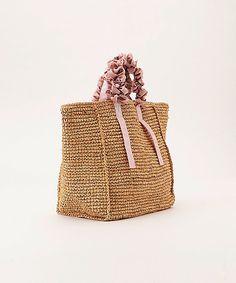 Crochet pattern of star stitch Crotchet Bags, Crochet Tote, Unique Bags, Simple Bags, Crochet Edging Patterns, Jute Bags, Craft Bags, Handmade Bags, Fashion Bags
