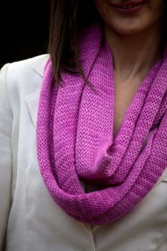 Bamboo Infinity Scarf by Be Sweet. Free knitting pattern. Looks like a good pattern to use to learn how to use circular knitting needles.