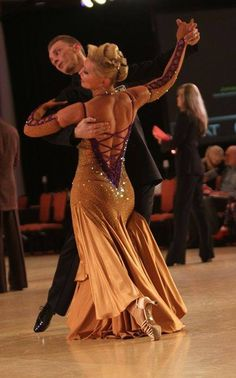 The Viennese Waltz with Mikolay Czarnecki and Charlene Proctor at the 2023 First Coast Classic in Jacksonville, Florida.  Photo by Stephen Marino.
