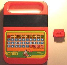 14. Grillo parlante 80 Toys, Childhood Memories, Nostalgia, Geek Stuff, Vintage, Home, Fantasy, Tecnologia, Geek Things