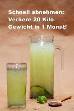 Schnell abnehmen: Verliere 20 Kilo Gewicht in 1 Monat! Combine these ingredients in a drink to lose unwanted pounds in no time. In addition, they give their immune system a decent boost. Detox Recipes, Healthy Recipes, Limeade Recipe, Eco Slim, Health Care Reform, Fresco, How To Lose Weight Fast, Mexican Food Recipes, Food And Drink