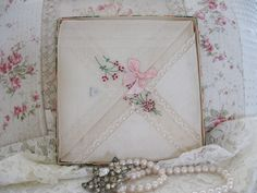 Vintage Ladies Handkerchiefs