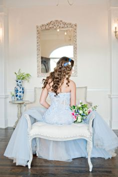 Elegant Blue and White Wedgwood Wedding Inspiration at Little River Farms in Alpharetta, GA See more here: http://www.andiefreemanphotography.com/blog/2015/06/wedgewood-wedding-inspiration-preview-atlanta-ga-wedding-photographer/