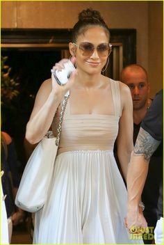Jennifer Lopez: Birthday Lunch with Casper Smart!