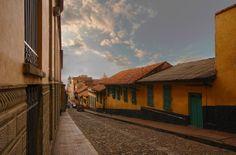 Arquitectura tradicional de una ciudad pintoresca.