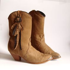 Love vintage cowgirl boots