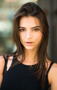 Emily Ratajkowski. Biggest girl crush right now.