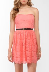 Tribal lace salmon/pink sleeveless with belt $24.80  Forever 21