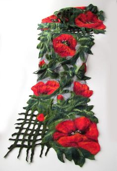 Nuno Felted scarf Poppy red green flower от galafilc на Etsy