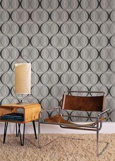Circulate Silver Retro Orb Wallpaper design by Brewster Home Fashions