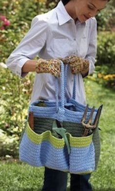 15 Homemade Mother's Day Gifts Crochet Patterns - crochet this Helping Hands Garden Bag!