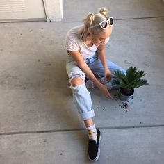 "Carson) ""I got a new plant friend, his name is Martin"" smiles ""anywaysssssss I really just wanna sit on the couch and eat while watching Netflix with someone"" pouts ""anybody wanna volunteer?"""